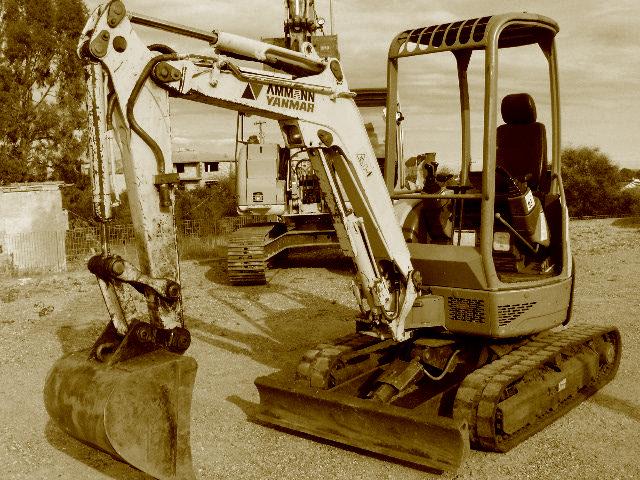 Mini Excavadoras 25 qq usadas.