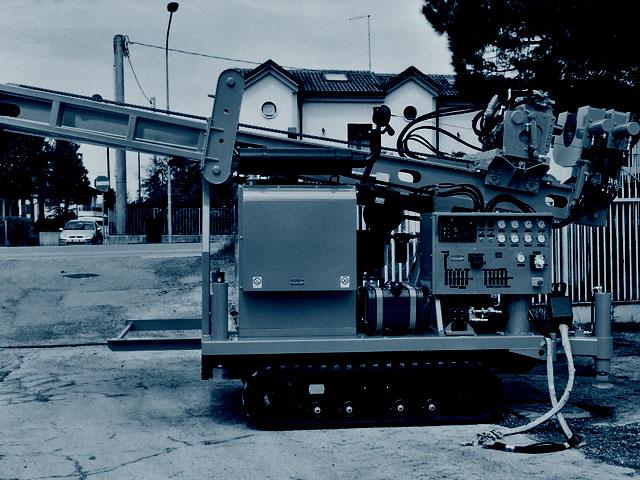 Perforadoras hidráulicas usadas.