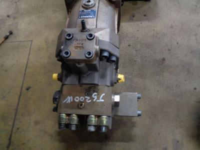 Motor de tracción para JCB JS 200 W vendida por PRV Ricambi Srl