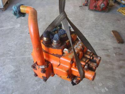 Distribuidor hidraulico para FL14E vendida por OLM 90 Srl