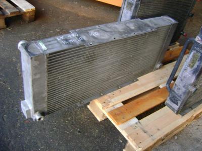 Radiador de agua para Hitachi Lx 170 vendida por PRV Ricambi Srl