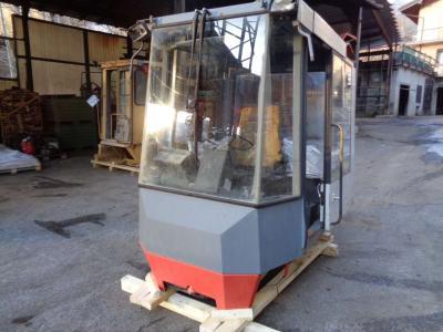 Cabina para O&K (Orenstein & Koppel) L 25 vendida por PRV Ricambi Srl