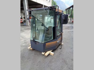 Cabina para Case Serie -21 C vendida por PRV Ricambi Srl