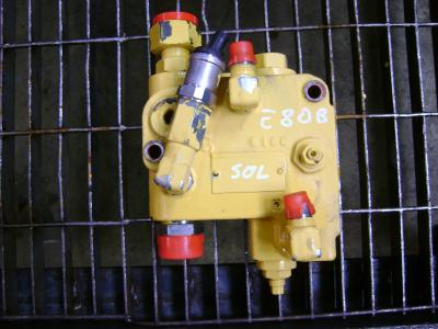 Válvula para New Holland E 80 B vendida por PRV Ricambi Srl