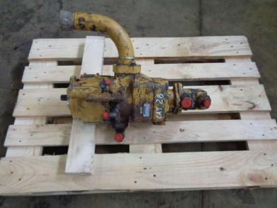 Bomba hidráulica para Caterpillar 928 F vendida por PRV Ricambi Srl