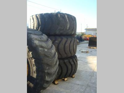 Neumático vendida por OLM 90 Srl