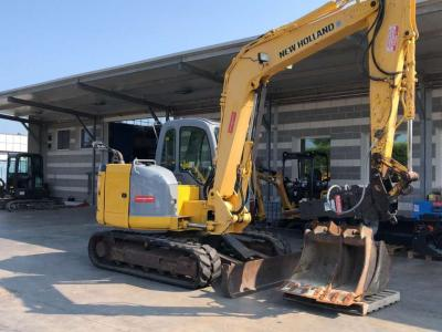 New Holland E 80B vendida por Commerciale Adriatica MMT. Srl