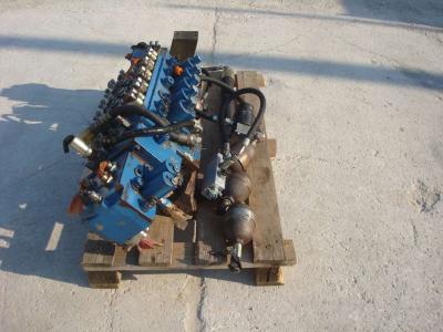 Distribuidor hidraulico para Fiat Hitachi 150W3 vendida por OLM 90 Srl