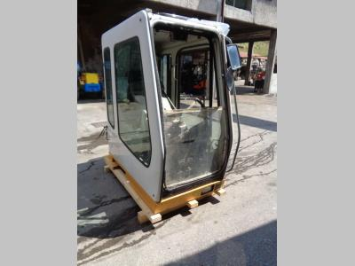 Cabina para Liebherr Serie 900 B vendida por PRV Ricambi Srl