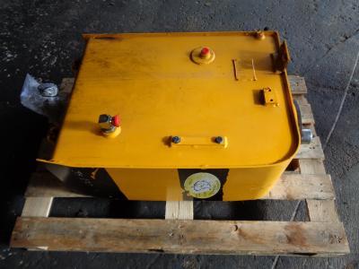 Depósito para aceite para JCB JS 130 vendida por PRV Ricambi Srl