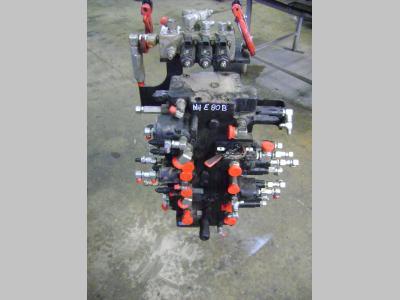 Distribuidor hidraulico para New Holland E 80 B vendida por PRV Ricambi Srl