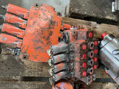 Rexroth Distribuidor hidraulico para PMI 450 vendida por Mori Onofrio di Mori Maria