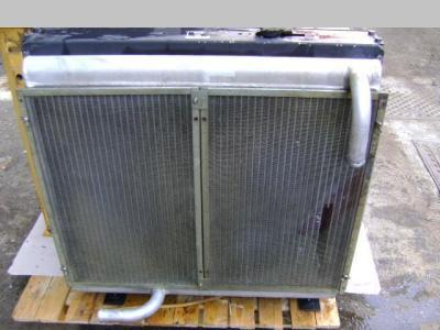 Radiador de aceite y agua para Caterpillar 312 vendida por PRV Ricambi Srl