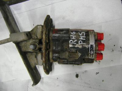 Pedal de control para O&K (Orenstein & Koppel) vendida por PRV Ricambi Srl