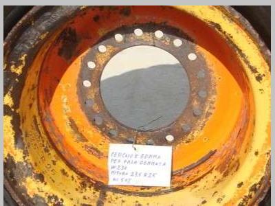 Neumático con llantas para PALA GOMMATA W220 vendida por OLM 90 Srl