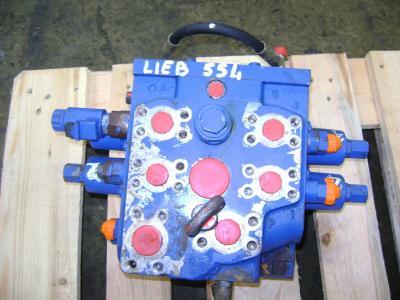 Distribuidor hidraulico para Liebherr 554 vendida por PRV Ricambi Srl