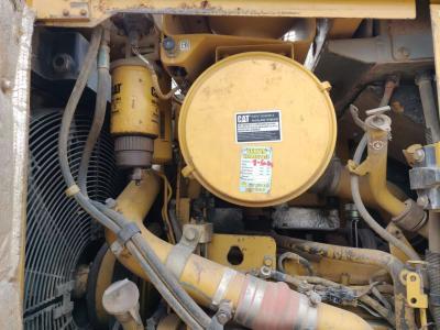 Caterpillar D6R II XL vendida por CERVETTI TRACTOR Srl