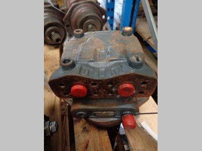 Motor de tracción para Liebherr 912 litronic vendida por PRV Ricambi