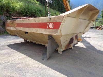Caterpillar 740 B vendida por PRV Ricambi Srl