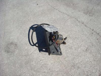 Válvula de bloqueo para PALA GOMMATA ZW310 vendida por OLM 90 Srl