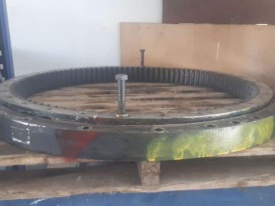 Corona de orientación para Caterpillar 317B vendida por Off Meccaniche Bonanni di B.