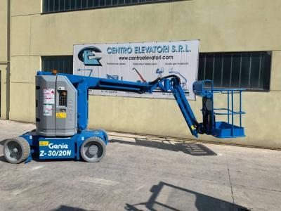 Genie Z30/20 NRJ vendida por Centro Elevatori Srl