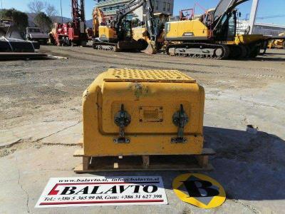 Volvo Used covers and doors for excavator Volvo EC210B vendida por Balavto